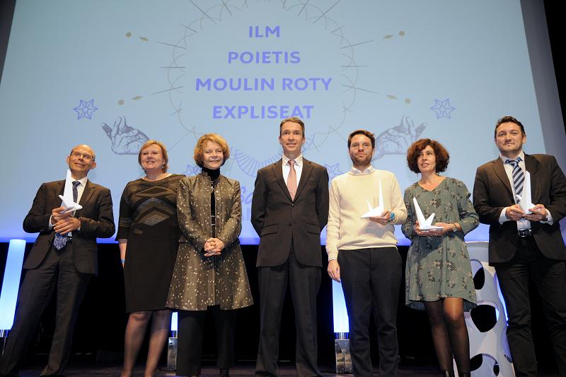 Les lauréats des trophées en compagnie de Catherine Maunoury, présidente du jury et Romain Soubeyran, directeur général de l'INPI - Crédit image :  Jean-Marie Cras